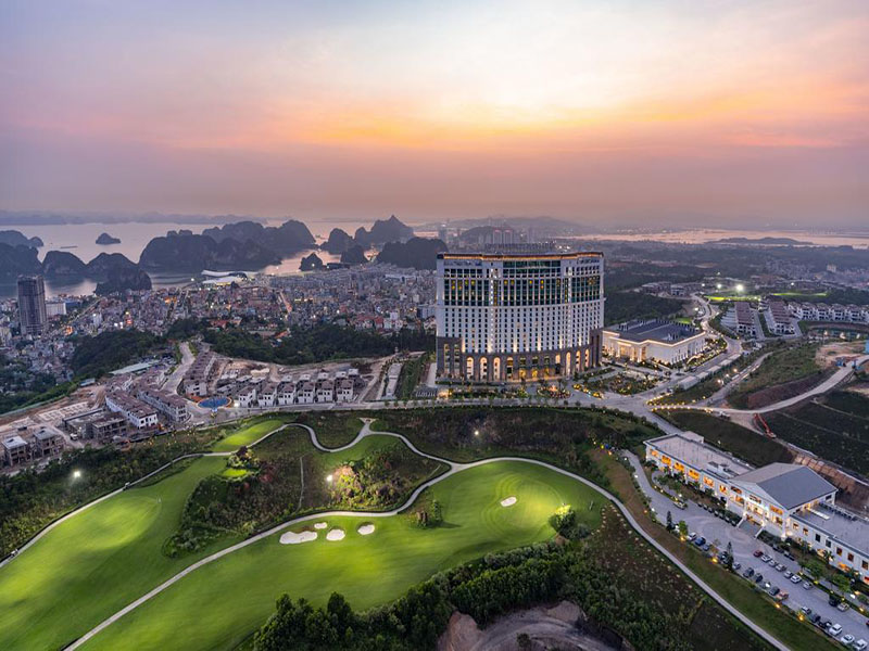 FLC 하롱 베이 골프텔 사진 1